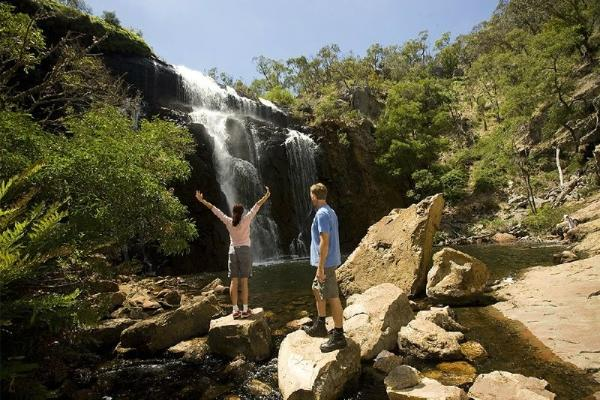 3-Day Melbourne to Adelaide Tour: Great Ocean Road - Grampians