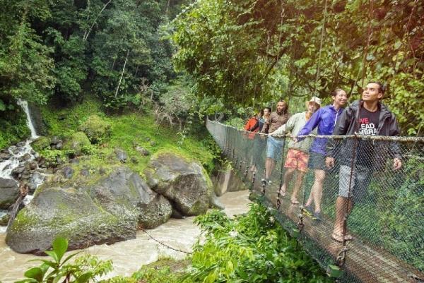 8-Day Costa Rica Adventure Tour: La Fortuna - Arenal - Manuel Antonio