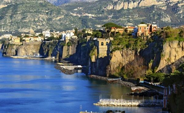 12-Day Christmas in Italy Tour Package