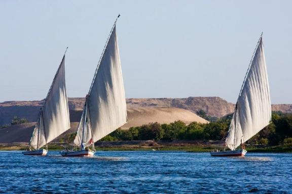 15-Day Egypt & Jordan Tour: The Nile, Dead Sea, & Giza Pyramids