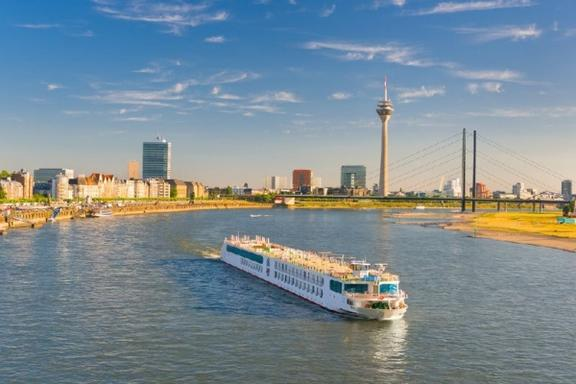 Dusseldorf Sightseeing Cruise