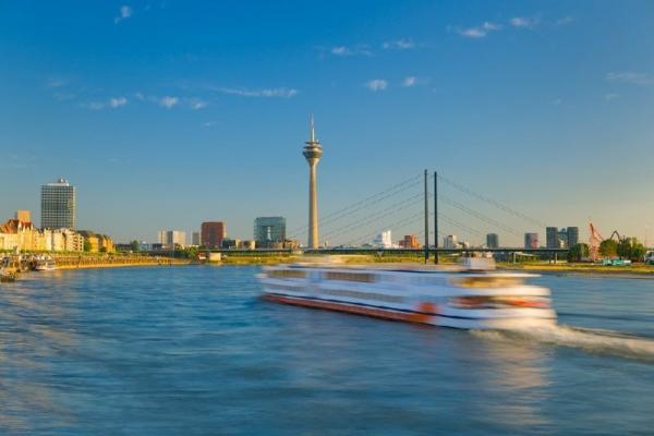 Dusseldorf Sightseeing Cruise