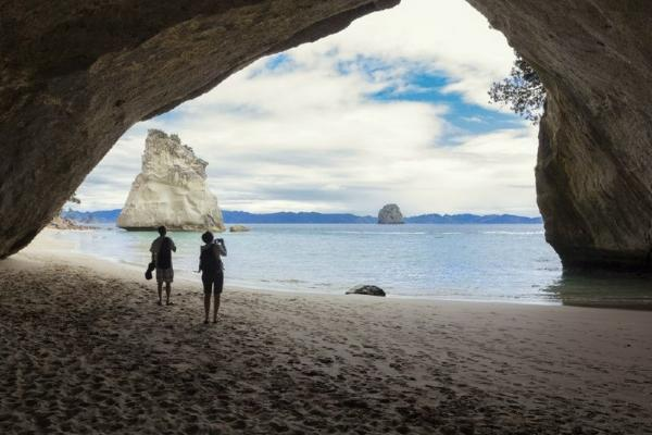 7-Day North Island Adventure Tour From Wellington
