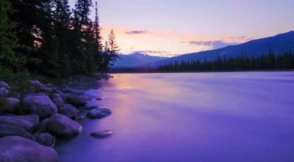 8-Day Ultimate Vancouver, Canadian Rockies and Jasper National Park Summer Tour Package
