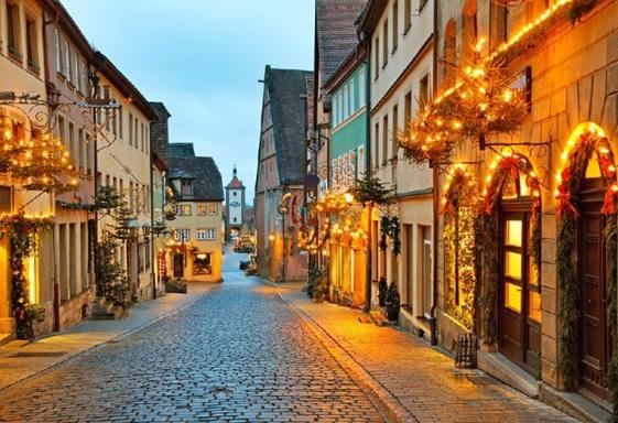 4-Day Christmas Vacation Package: Frankfurt - Wurzburg - Rothenburg