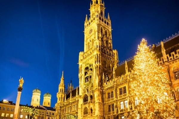 4-Day Christmas Holiday Package from Munich