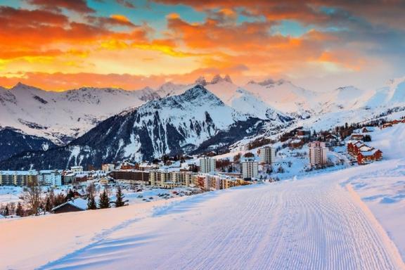 Chamonix Mont-Blanc Ski Trip w/ Aiguille du Midi