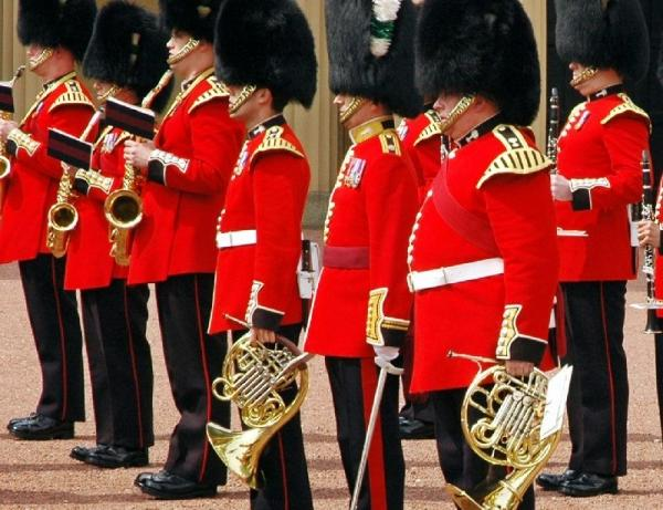 Buckingham Palace Tour + Changing of the Guard