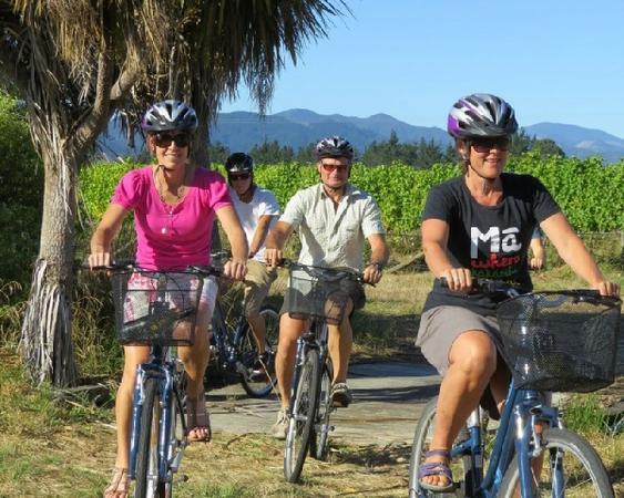 Marlborough Deluxe Bike & Wine Tour