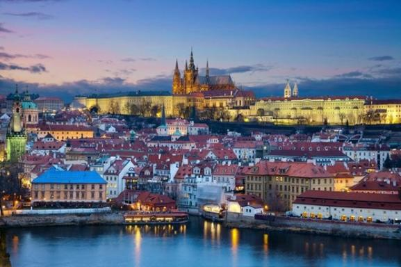 6-Day Central Europe Tour: Prague - Frankfurt - Amsterdam
