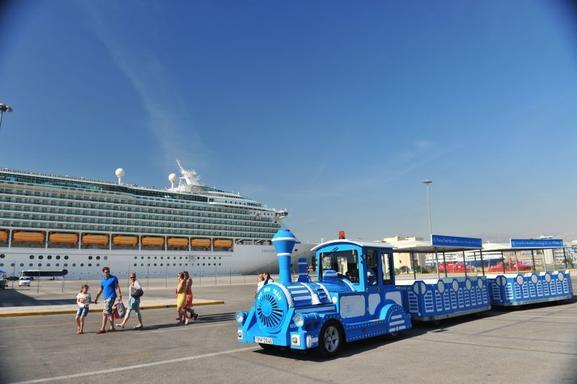 Piraeus Hop-on Hop-off Train