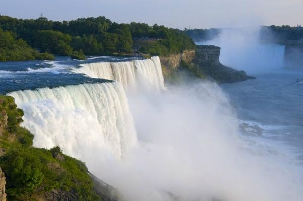 3-Day Bus Tour to Washington D.C., Philadelphia, Niagara Falls (Night View), Watkins Glen, Secret Caverns from New York