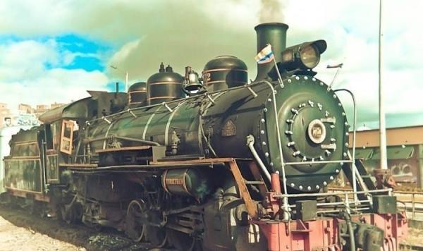 Classic Steam Train to Zipaquira