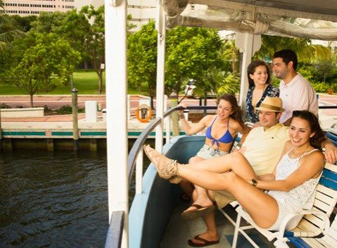 River Queen Sunset Sightseeing Cruise