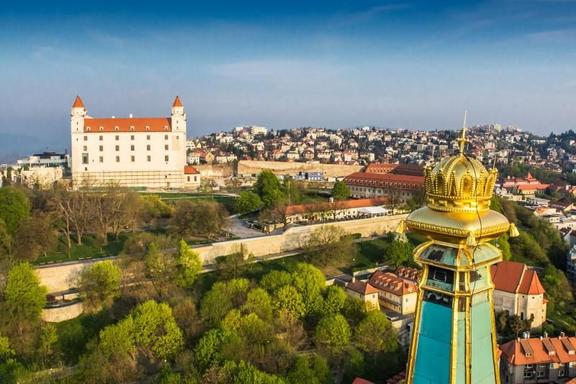 Bratislava Grand City Tour with Devin Castle