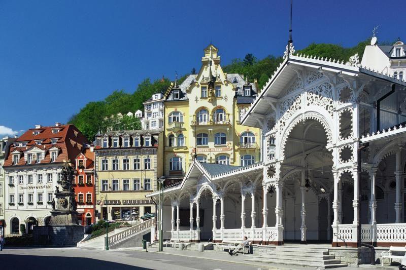 Karlovy Vary and Marianske Lazne Day Trip from Prague