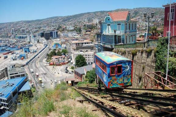 Vina del Mar and Valparaiso Private Tour