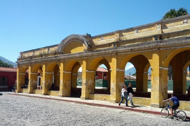 Antigua Morning Walking Tour
