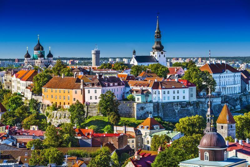 18-Day Northern and Eastern Europe Tour From Amsterdam