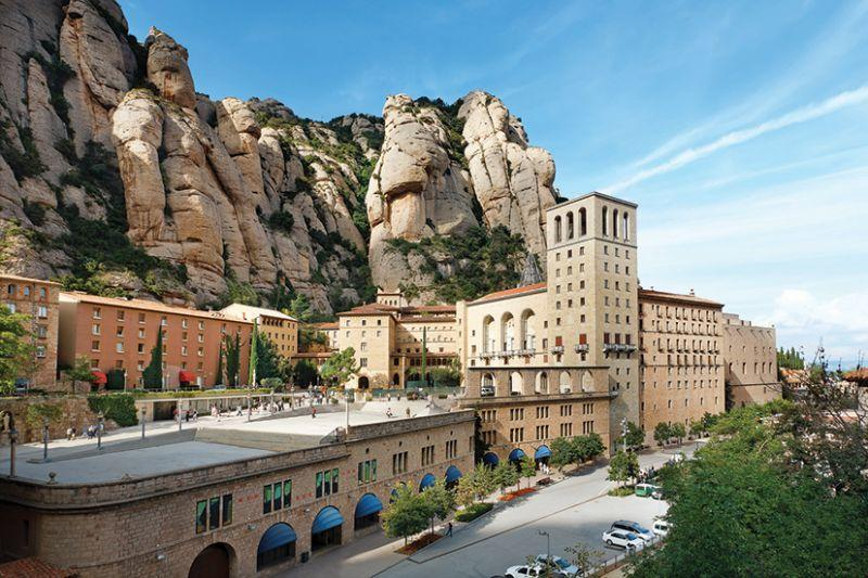 Montserrat and Cava Trail Day Trip from Barcelona