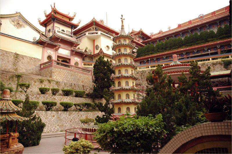 Penang Hill & Temples Half Day Tour