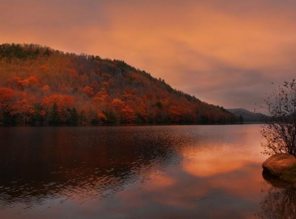 2-Day Upstate New York Fall Foliage Tour