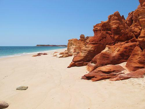 17-Day Western Australia Adventure Tour: Perth to Darwin Safari