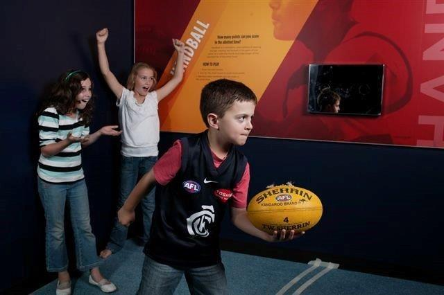 Melbourne Sports Lovers Morning Tour W/ National Sports Museum