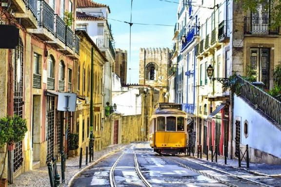 10-Day South of Spain Tour Package W/ Lisbon