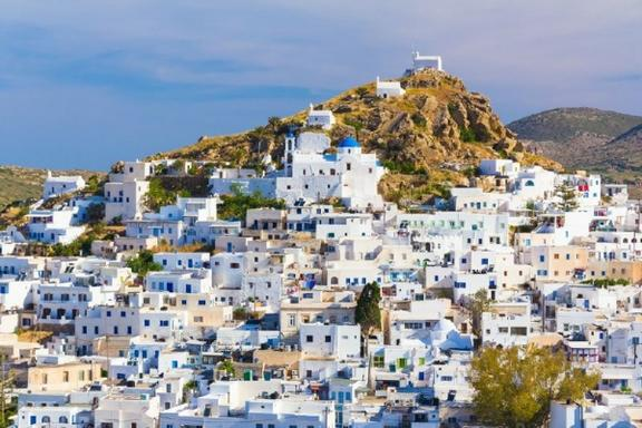 10-Day Best of Greece Tour: Athens - Mykonos - Santorini - Ios