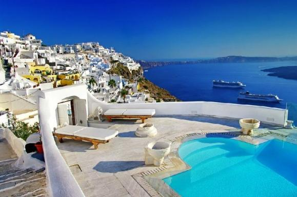 7-Day Greek Island Tour: Mykonos - Santorini - Ios