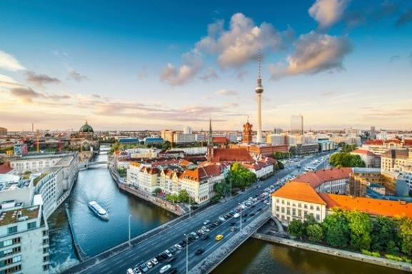 5-Day Berlin to Prague Tour