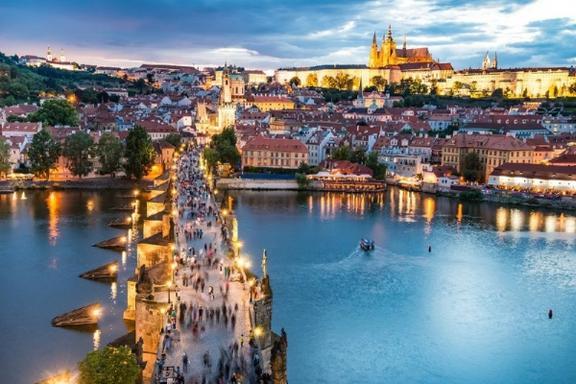 8-Day Central + Western Europe Tour: Prague to Paris