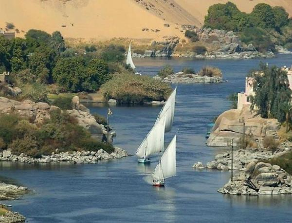 12-Day Beauty of Nile Deluxe Tour & Cruise