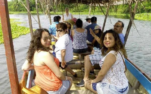 Coyuca Lagoon Jungle Tour & Baby Turtle Release