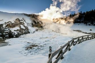 7-Day Yellowstone Winter Tour From Salt Lake City: Grand Teton, Jackson Hole, & Grand Canyon