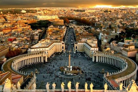 Rome New Year's Eve Dinner and Night Tour