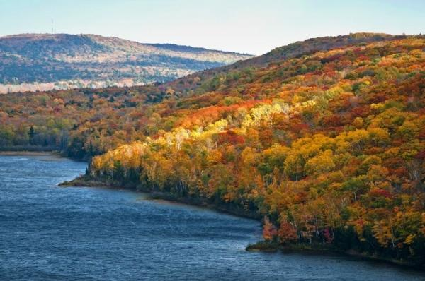 2-Day Michigan Fall Foliage Tour From Chicago