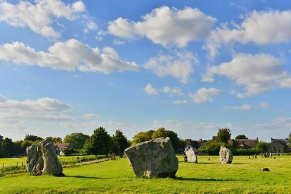 Bath, Avebury and Lacock Village Day Trip from London