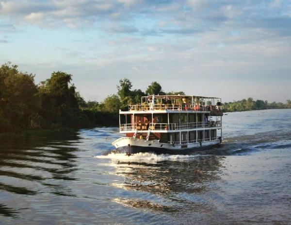 8-Day Mekong River Cruise: Ho Chi Minh to Siem Reap