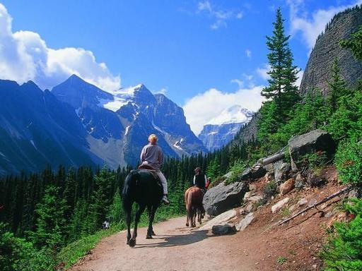 12-Day Canadian Rockies Camping Tour: Wells Gray, Jasper, Lake Louise, Banff and Yoho National Park