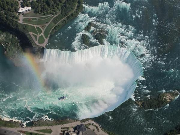 Niagara Falls Day Tour - Canadian Side**All Inclusive**<br>** W/ Hornblower Niagara Gorge Cruise**