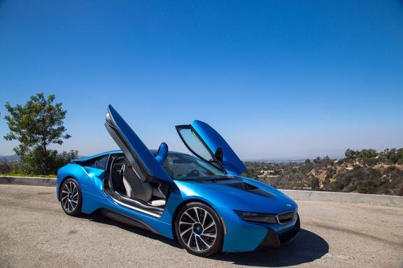 BMW i8 Hollywood Hills Tour