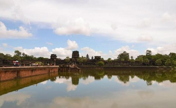 Angkor Archeaological Discovery Tour