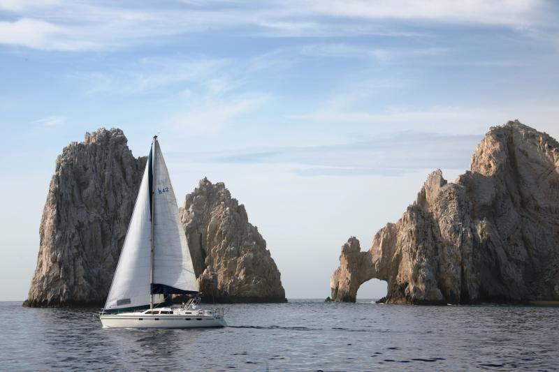 Cabo Sightseeing Tour: Tequila, Tacos & Sunset Cruise