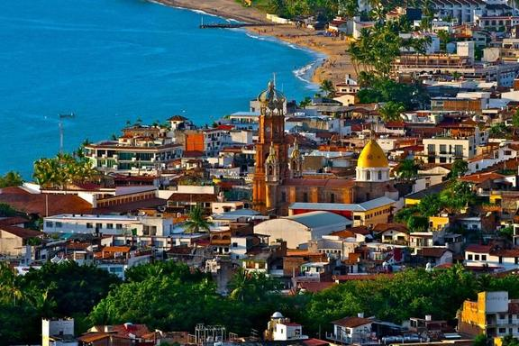 Puerto Vallarta Panoramic Sightseeing Tour W/ Lunch