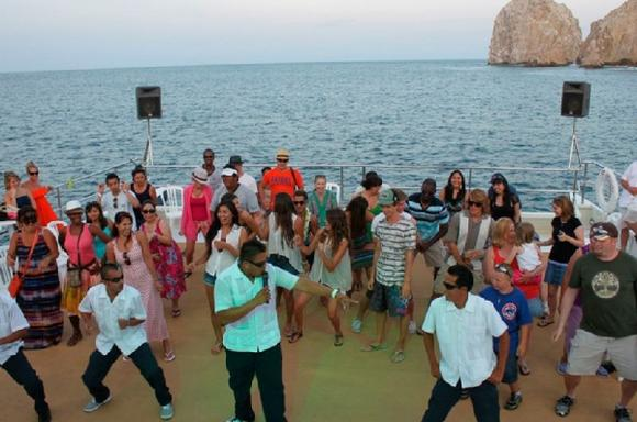 Cabo Sightseeing Tour & Sunset Dinner Cruise