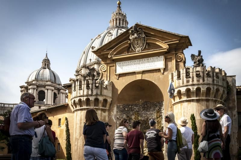 Exclusive Skip-the-Line Vatican Museums and Gardens Tour