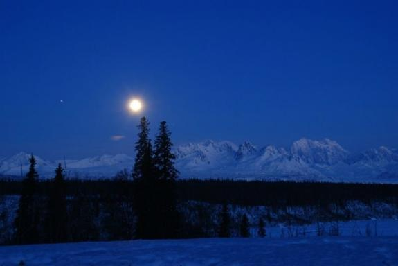 Evening Denali Flightseeing Tour to Chena Hot Springs