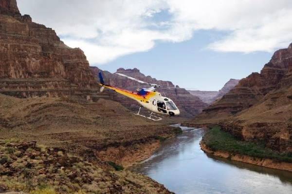 Grand Canyon West Rim Bus + Helicopter Tour W/ Skywalk Admission